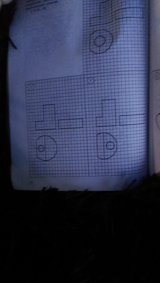 В этих трех рисунках нужно нарисовать недостающие линии?